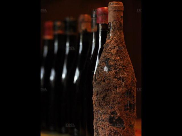 Des bouteilles de vin du XVIII ème découvertes par hasard !